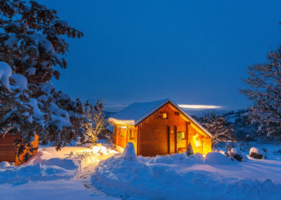 Chalet Carpe Diem, Gîte de France 3 ***, on a winter evening